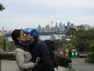 Sydney Kisses