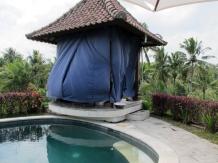 The massage house
