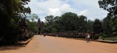 Agnkor Wat by bike