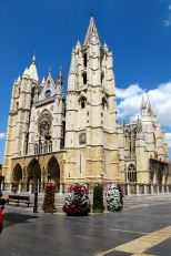 The Cathedral, Leon