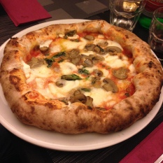 Pizza at Rosmarino